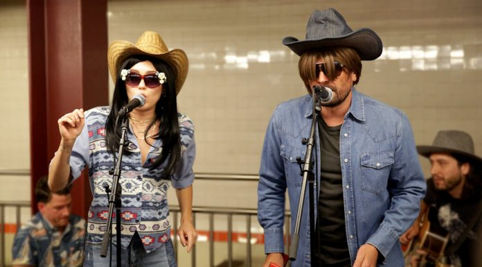 MIley Cyrus Jimmy Fallon New York City Subway Performance of Jolene